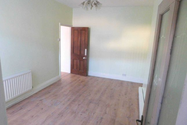 Thumbnail Flat to rent in Gray Terrace, Stanley
