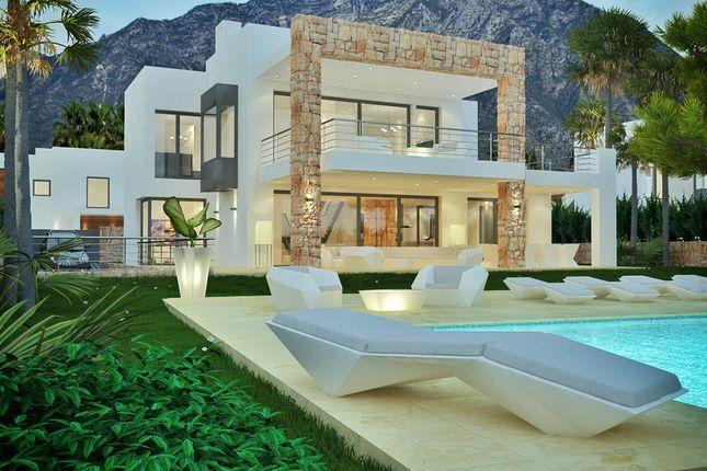 Thumbnail Villa for sale in Los Olivios, El Rosario, Marbella, Málaga, Andalusia, Spain