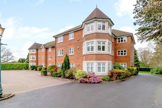 Thumbnail Flat for sale in Glen Court, St. Johns Hill Road, Woking