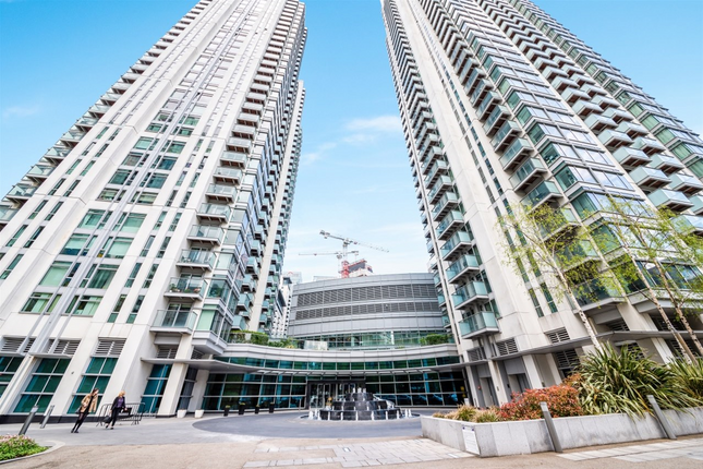 Thumbnail Flat to rent in Mellish Street, Canary Wharf