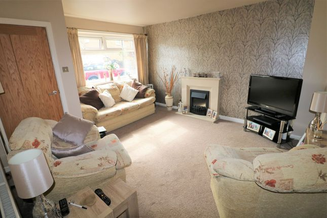 Photograph 7 of Castlefields Drive, Rastrick, Brighouse HD6