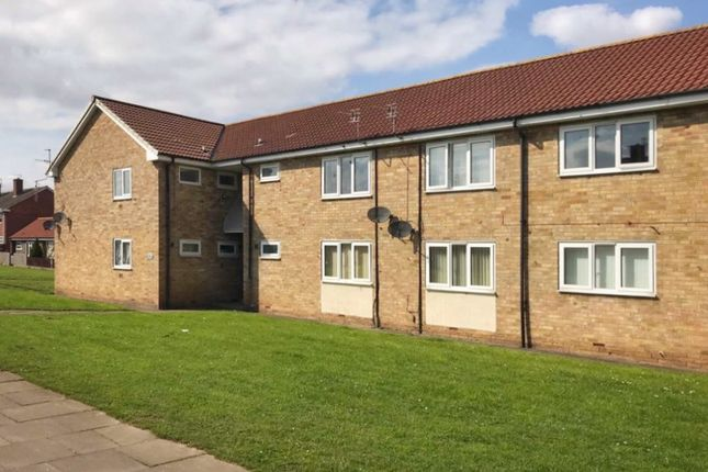 Thumbnail Flat to rent in Crowland Avenue, Middlesbrough