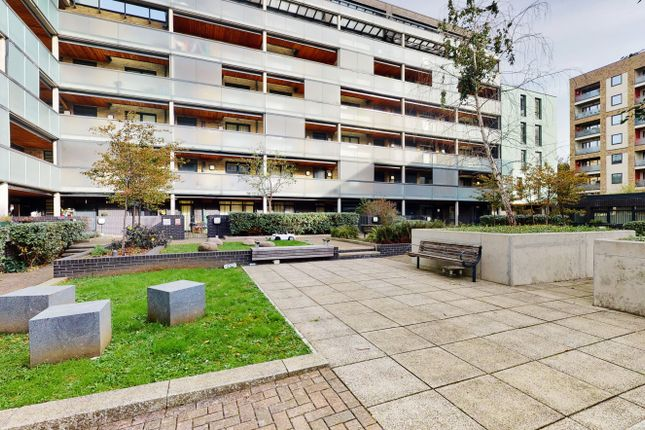 1 bed flat for sale in Richard Court, Stanley Road, Ealing, Greater London W3