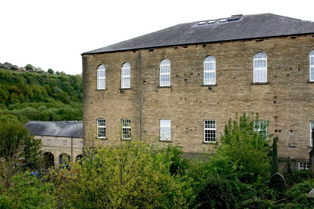Thumbnail Flat to rent in 14 Bolton Brow, Sowerby Bridge