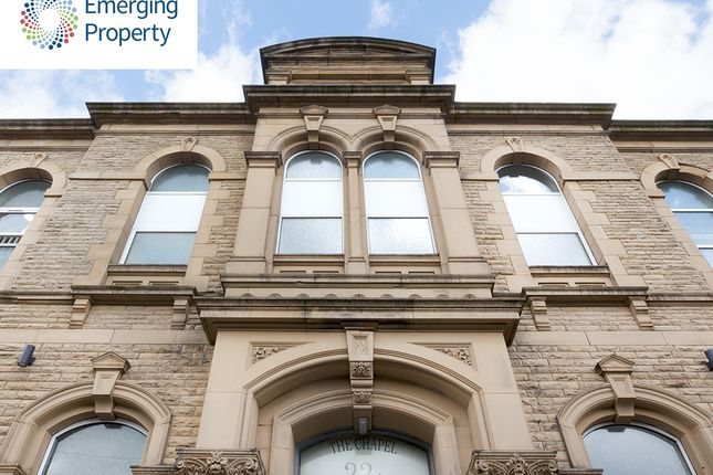 Flat for sale in Cross Lane, Huddersfield
