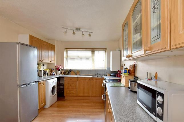 Thumbnail Terraced house for sale in Springfield Road, Edenbridge, Kent