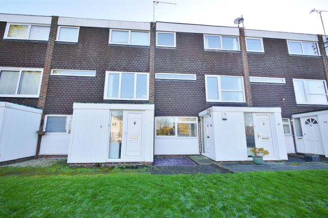 Thumbnail Maisonette for sale in Egg Hall, Epping, Essex