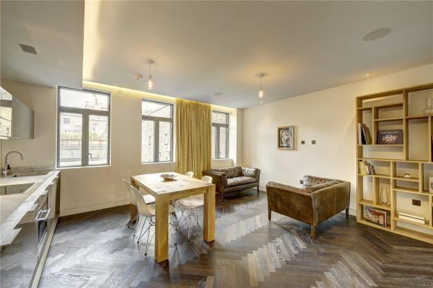Thumbnail Flat for sale in Bedfordbury, Covent Garden