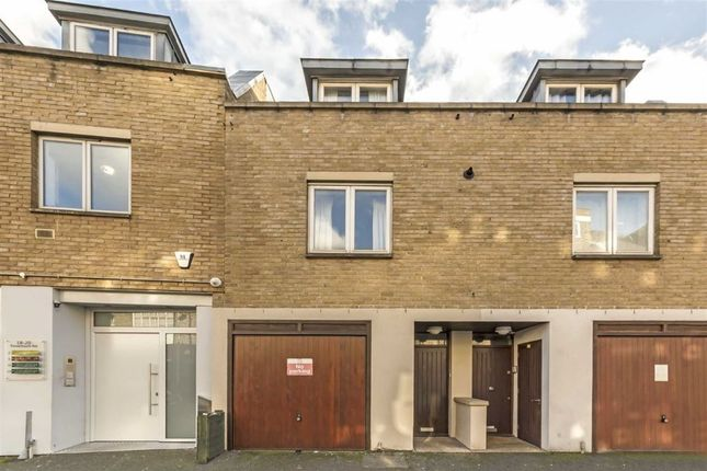 Thumbnail Flat to rent in 20A Rosemont Road, London