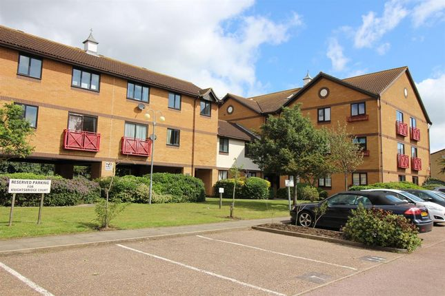 Flat for sale in Heybridge Court, Connaught Gardens East, Clacton-On-Sea