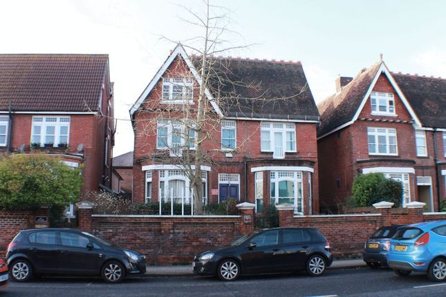 Thumbnail Detached house for sale in Victoria Road South, Southsea