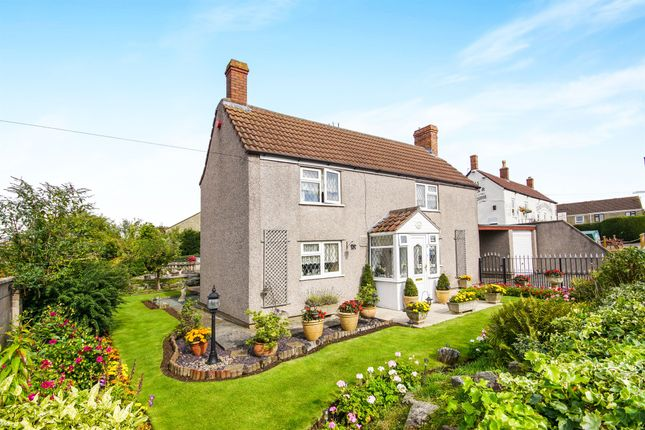 3 bed property for sale in North Street, Oldland Common, Bristol