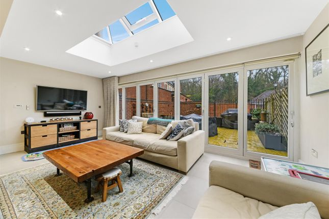 6 Kingswood Park, Kennedys ,( 25 From 36 ) (30 Of