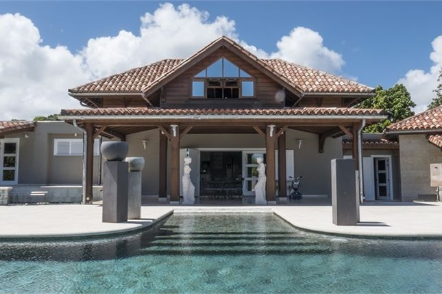 Thumbnail Villa for sale in Guadeloupe, Guadeloupe, Petit Bourg
