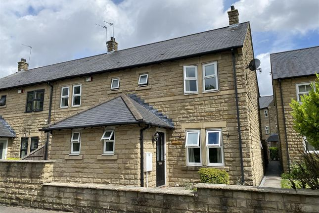 3 bed semi-detached house to rent in Castle Lane, Carrbrook, Stalybridge SK15