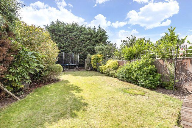 Picture No. 20 of Braemar Gardens, West Wickham BR4