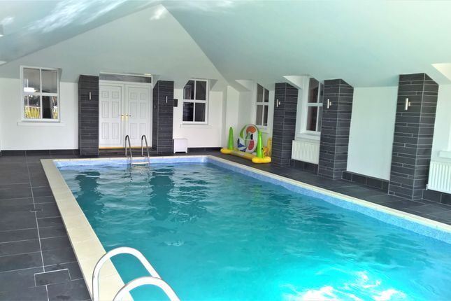 Ballynafern road banbridge bt32 5 bedroom detached house for 6 bedroom house with swimming pool for sale
