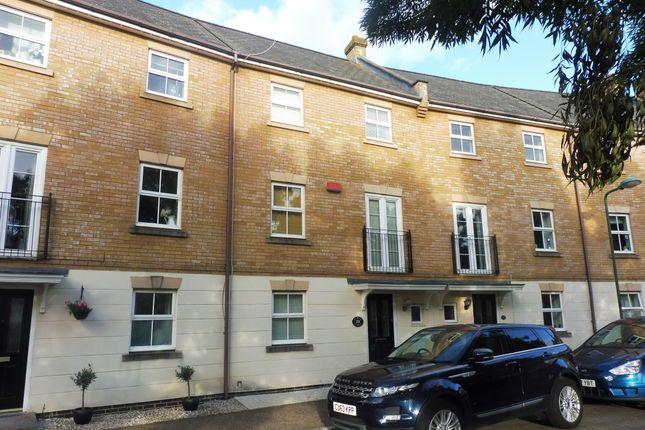 Thumbnail Town house to rent in Allington Circle, Kingsmead, Milton Keynes