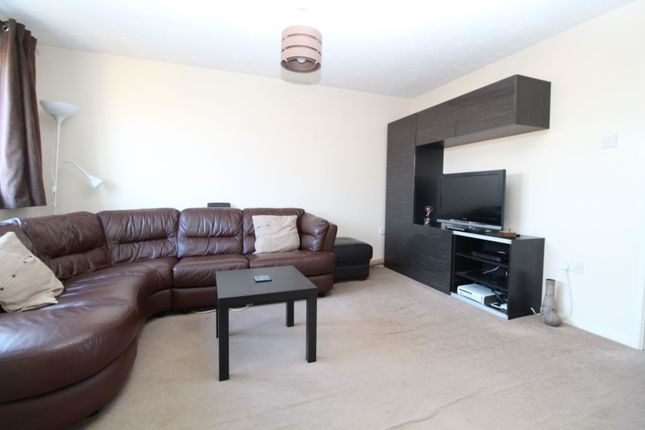 Lounge of Wimborne Crescent, Milton Keynes MK4