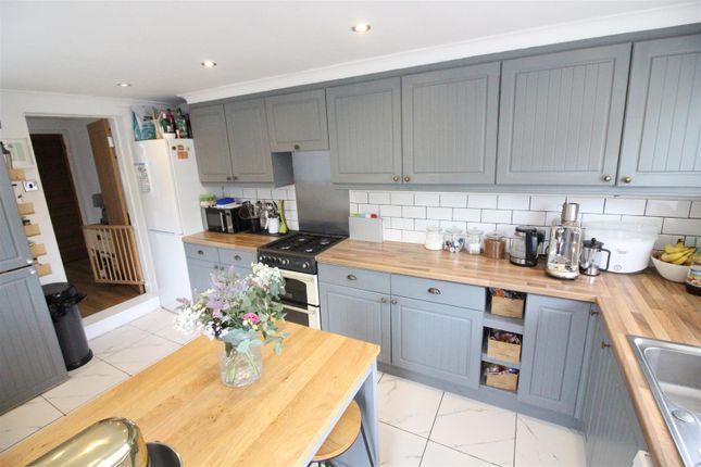 Kitchen of Barrington Avenue, Hull HU5