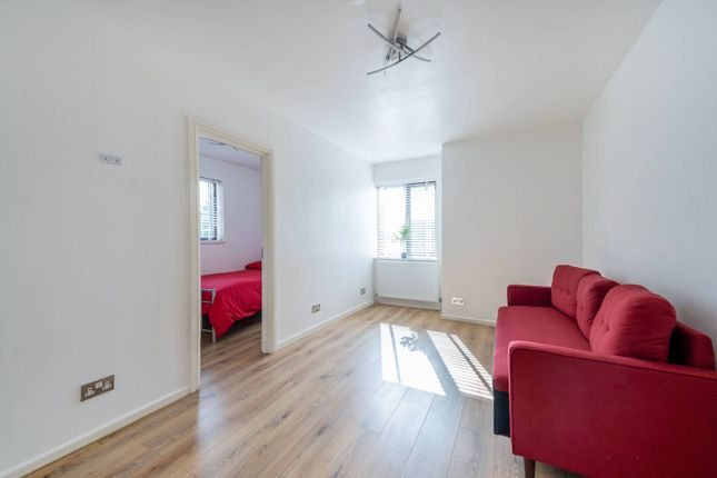 Thumbnail Flat to rent in Doyle Road, South Norwood, London