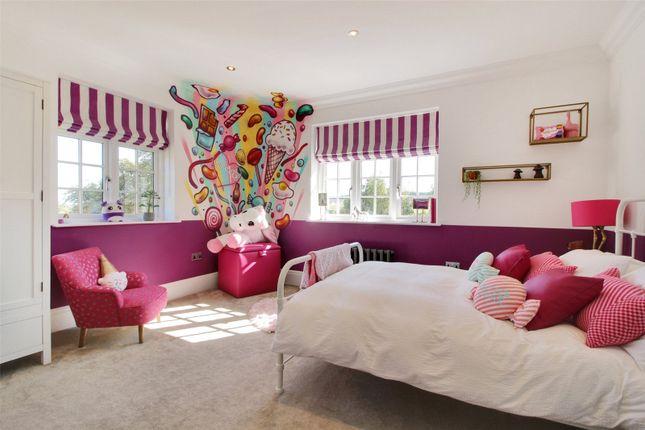 Bedroom of Sparepenny Lane, Eynsford, Kent DA4