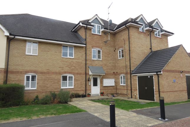 Thumbnail Flat to rent in Anzio Road, Devizes