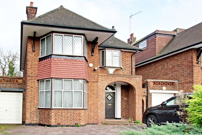 Thumbnail Detached house to rent in Manor Hall Avenue, Hendon