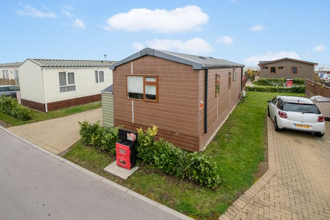 Thumbnail Mobile/park home for sale in Harbourside, Eastern Road, Portsmouth