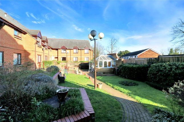 Gardens of Breakspear Court, The Crescent, Abbots Langley WD5