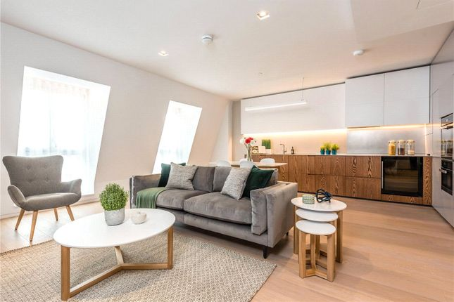 Thumbnail Flat for sale in Bartholomew Close, Farringdon, Barbican, London