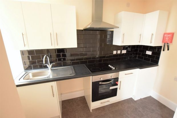 Thumbnail Flat to rent in Market Place, Wirksworth, Matlock, Derbyshire