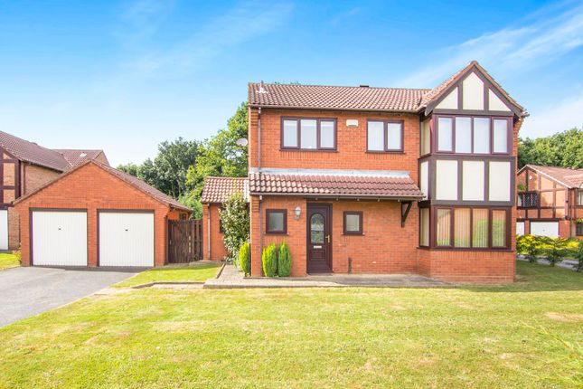 Thumbnail Property to rent in Lytham, Tamworth