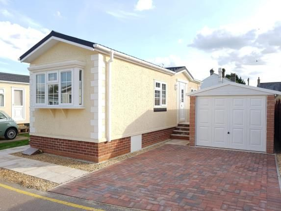 Thumbnail Bungalow for sale in Long Close, Station Road, Lower Stondon, Henlow