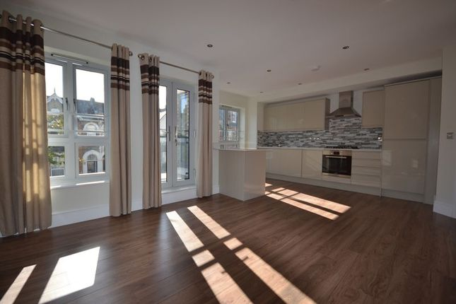 1 bed flat to rent in Stainforth Road, London E17