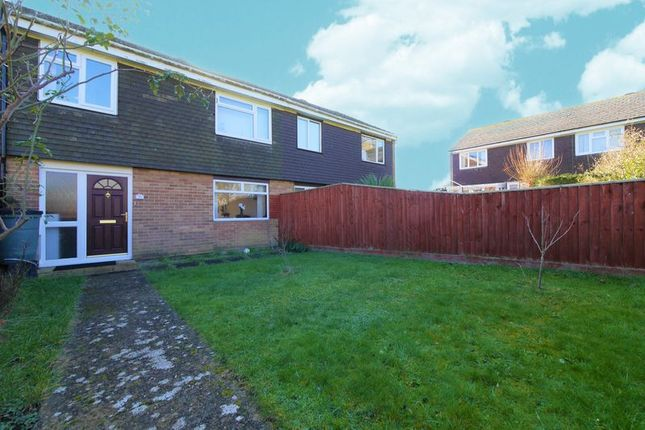Thumbnail Terraced house to rent in Glyme Drive, Berinsfield, Wallingford