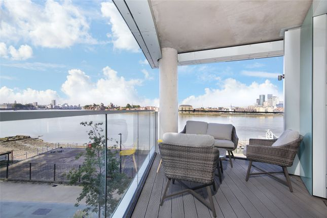 3 bed flat for sale in Telegraph Avenue, Greenwich SE10