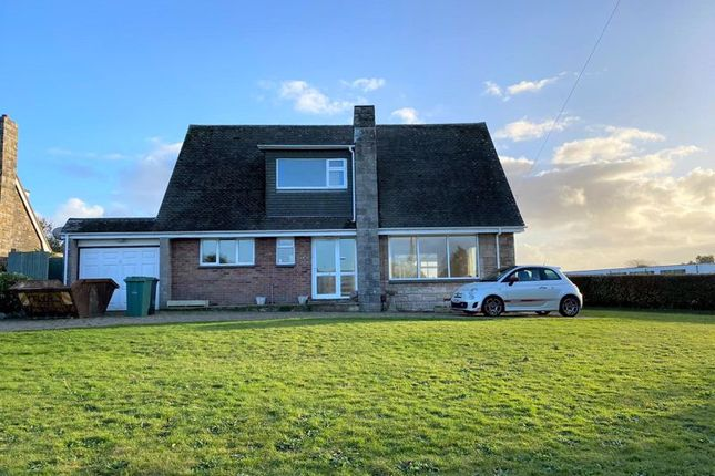 4 bed detached house to rent in Brambles Lane, Cowes PO31