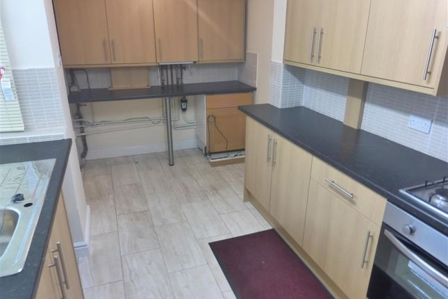 Thumbnail Flat to rent in Gladstone Street, Peterborough