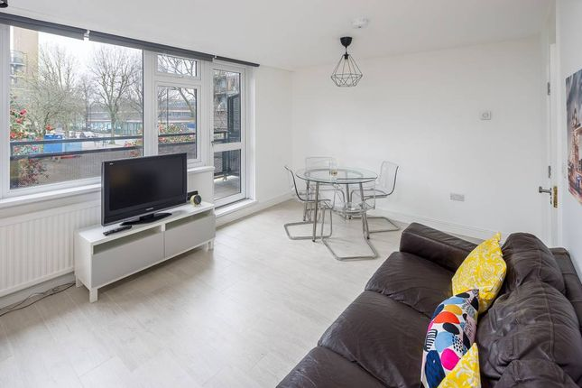 Thumbnail Flat to rent in New Place Square, London