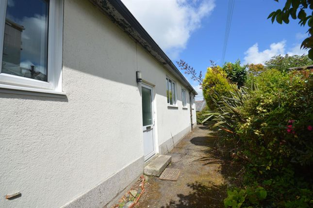 8 bed shared accommodation to rent in Helston Road, Penryn TR10