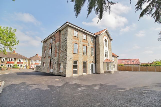 Thumbnail Flat for sale in Conygre Road, Filton, Bristol