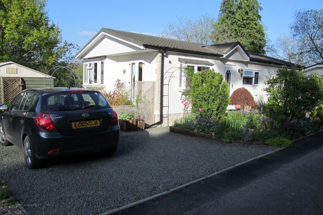 Thumbnail Mobile/park home for sale in Besom Bank, Norton Manor Park (Ref 5591), Presteigne, Wales