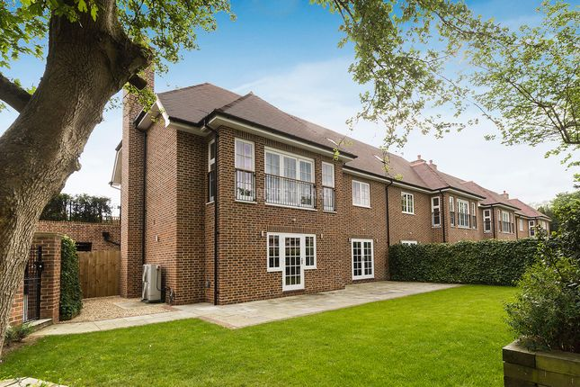 Thumbnail Semi-detached house for sale in Mill Hill Village, Mill Hill Village