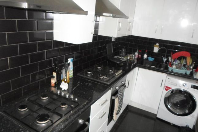 Thumbnail Shared accommodation to rent in Westgate Road, Fenham, Newcastle Upon Tyne