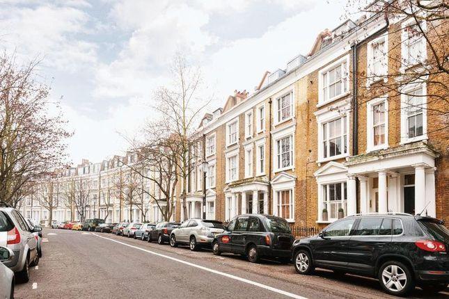 Thumbnail Flat for sale in Kempsford Gardens, London