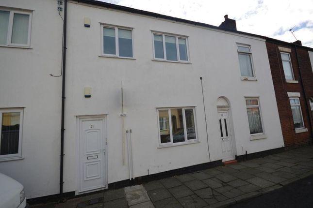 Thumbnail Flat to rent in Heron Street, Pendlebury, Swinton, Manchester