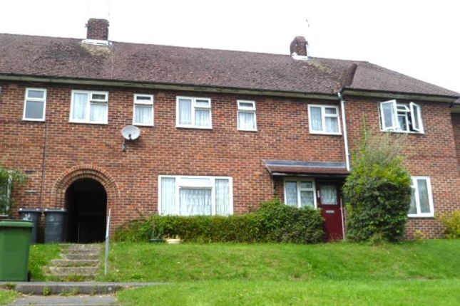 5 bed detached house to rent in Wavell Way, Winchester