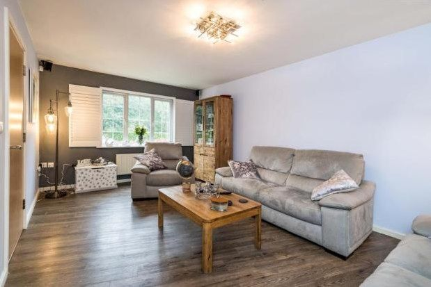 3 bed property to rent in Radcliffe, Manchester M26