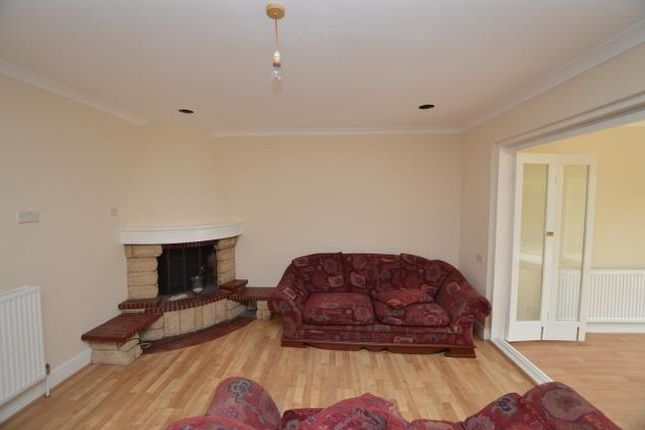 Thumbnail Detached house to rent in Longmore Avenue, East Barnet